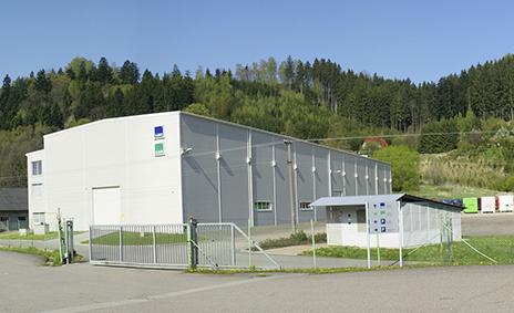 Budova LUX PTZ - výrobců lisovací techniky