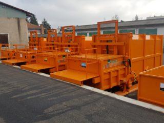 Vybavení sběrného dvora - plnění z rampy, přechodový můstek, stacionární lis s přípojným kontejnerem