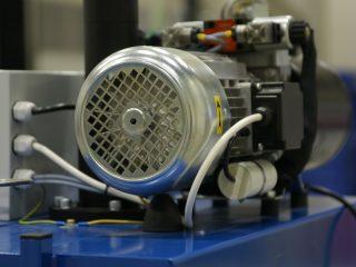 balíkovací lis L3-VK motor