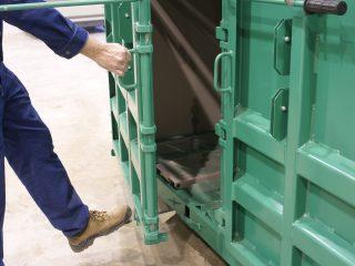 balíkovací lis L20-2 otevírání