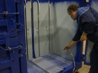 balíkovací lis L30-2 čištění
