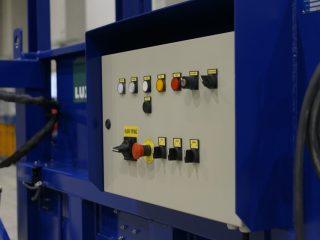 stacionární lis SL 1500-H ovládání
