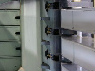 horizontální balíkovací lis - panty