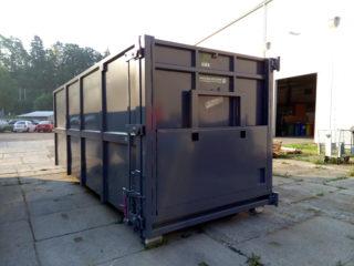 šedý přípojný kontejner - vyklápěcí střecha pro snadnější vysypání nalisovaného materiálu