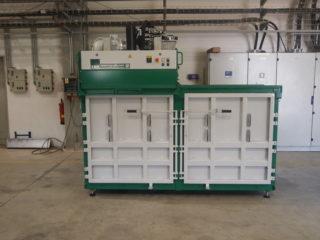 balíkovací lis L20-2 zeleno bílý