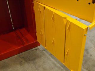 balíkovací lis L4-1 spodní dveře