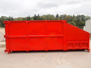 červený lisovací kontejner LK-M-VS