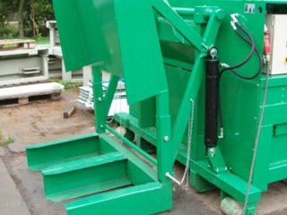 Vyklápěcí zařízení na lisovací kontejner LK-V, LK-M zelené