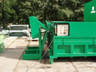 zelené Vyklápěcí zařízení na lisovací kontejner LK-V, LK-M